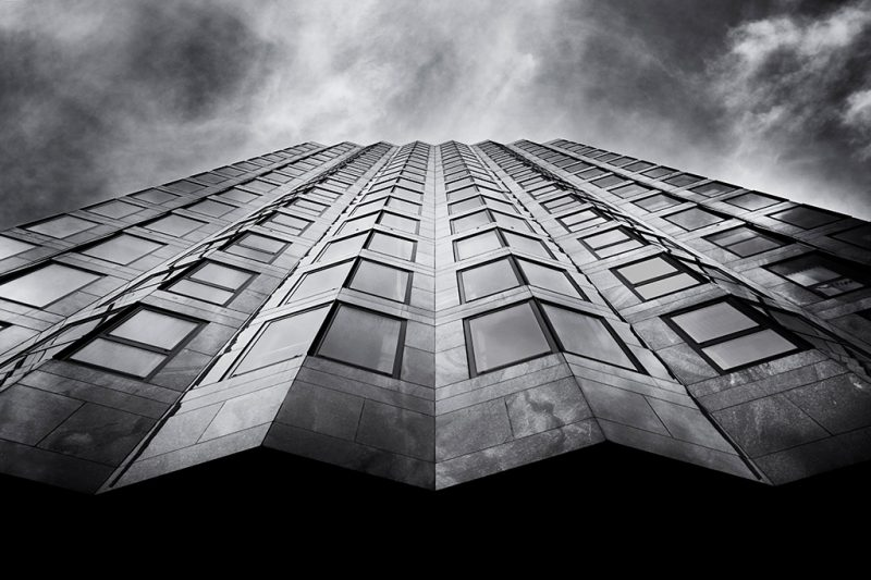 Black and white photo of Windsor House, Victoria Street, London